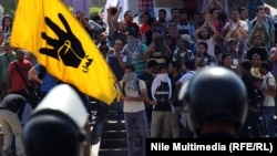 مواجهات بين قوات الامن وطلاب من جامعة القاهرة (من الارشيف)