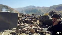 Чад на местото каде експлодираше бомба поставена од курдските милитанти на 9 октомври во близина на границата со Ирак.