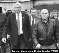 Голова російського парламенту Росії Борис Єльцин у Петрозаводську. 1991 рік