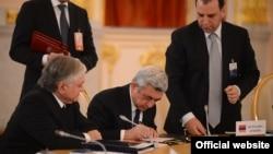 Армения президенти Серж Саргсян Москвадагы саммитте. Москва, 24-декабрь.