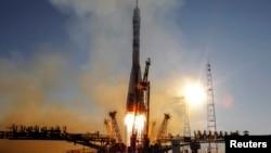 """Запуск ракеты-носителя """"Союз"""" с космодрома Байконур."""