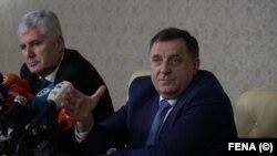 Pres-konferencija lidera HDZ-a BiH Dragana Čovića (lijevo) i lidera SNSD-a Milorada Dodika, Istočno Sarajevo