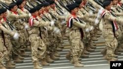 استعراض عسكري بمناسبة يوم الجيش العراقي (من الارشيف)