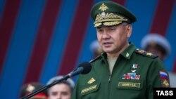 Министр обороны РФ Сергей Шойгу - один из российских чиновников, которых Украина просит призвать к ответу в Международном суде ООН