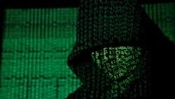 گزارش هانا کاویانی در مورد ایمیلهای هکشده سفیر امارات در آمریکا