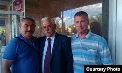 Александр Руцкой с боевыми товарищами