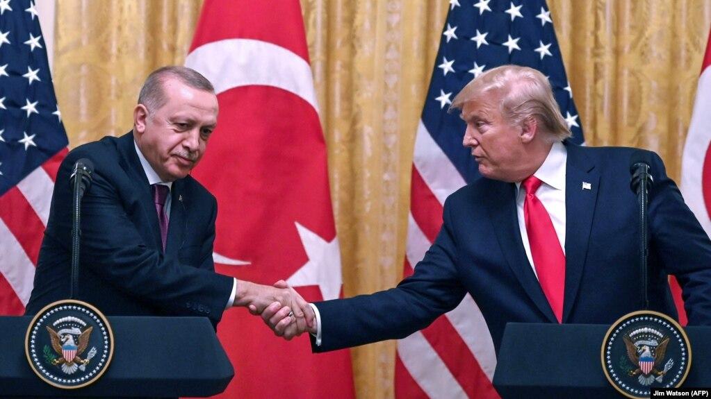 Трамп и Эрдоган обсудили по телефону сотрудничество Турции с США