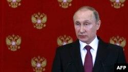 Президент России Владимир Путин на пресс-конференции в Москве. 11 апреля 2017 года.