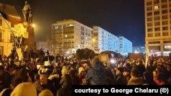 Proteste la Iași, cu mii de oameni în Piața centrală, courtesy to George Chelaru