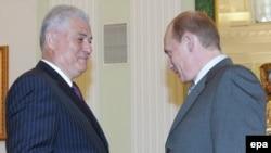 Vladimir Voronin cu Vladimir Putin la o întîlnire la Moscova