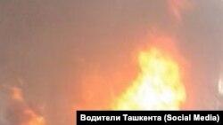 Жители Бишкека, чьи дома расположены недалеко от здания ГКНБ, говорят, что услышали взрыв.