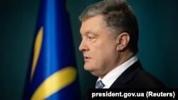 Генеральна прокуратура України викликала Порошенка на допит як свідка на 10:00 7 травня у справі Майдану