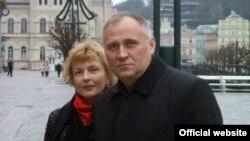Мікалай Статкевіч з жонкай
