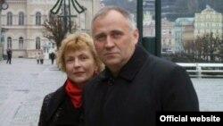 Мікола Статкевіч і Марына Адамовіч, архіўнае фота з сайту Міколы Статкевіча statkevich.org