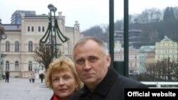 Николай Статкевич с супругой