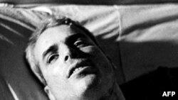 Доступ к сведениям о здоровье кандидата имеют не только его врачи. Майор Маккейн в ханойском госпитале после захвата в плен. 1967 год