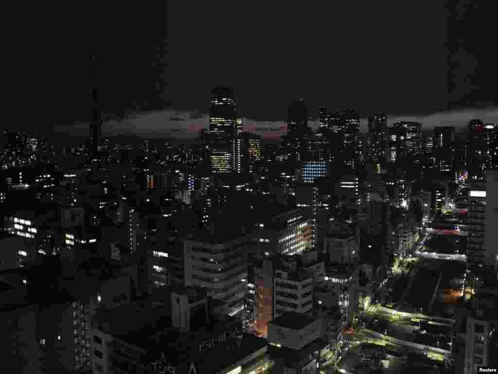 Štednja električne energije, Tokio, 17.03.2011. Foto: Reuters / Kyodo