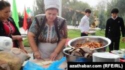 Празднование Курбан байрам в Туркменистане, Ашхабад, Октябрь 2012