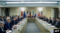 Иран ядролық бағдарламасына қатысты келіссөзге қатысушы тараптардың өкілдері. Швейцария, Лозанна, 31 наурыз 2015 жыл.