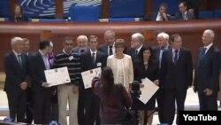 Вручення премії імені Вацлава азербайджанському правозахисникові Анару Маммадлі, Страсбург, 29 вересня 2014 року