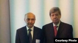 Kryetari i LDK-së, Isa Mustafa, dhe eurodeputeti Eduard Kukan.