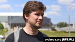 Алег Ларычаў