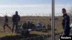 Migranti ispred mađarske granice, 22. februar 2016.