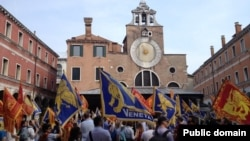 Венециядә бәйсезлек референдумы таләп итүчеләр