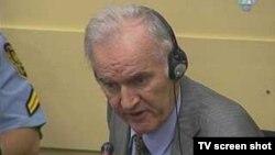 Ратко Младич в Гаагском трибунале, 6 октября 2011