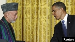 U.S. President Barack Obama and Afghan President Hamid Karzai at the White House (12May2010)