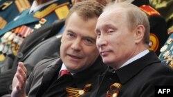 Путин Медведевди алмаштырабы?