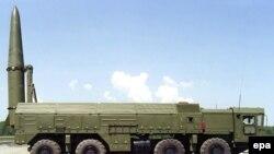 سکوی پرتاب موشکهای میان برد «اسکندر»