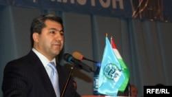 IRP leader Muhiddin Kabiri at a party congress in December 2009