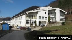 Prva osnovna škola u Srebrenici