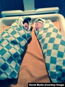 Малика и Милана родились недоношенными и долгое время пробыли в больнице