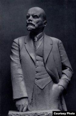 """""""Ленин-вождь"""". Скульптор Николай Андреев. 1931 год"""