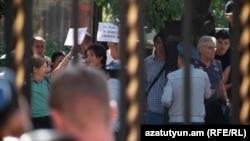 Բողոքի ակցիա Բաղրամյան պողոտայում, 1-ը հոկտեմբերի, 2019 թ.