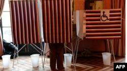 Избиратели определят, заслуживает ли Скотт Уокер остаться губернатором