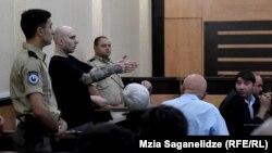 Георгий Сохадзе утверждает, что вообще не знал о том, что кто-либо использовал в драке нож