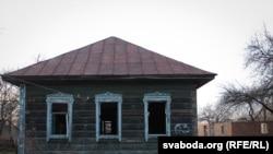 Заброшенный дом в запретной зоне Чернобыля.