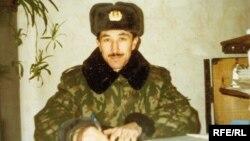 Гуантанамо тұтқыны Равиль Мингазовтің совет армиясында әскери қызметте жүрген кезі.