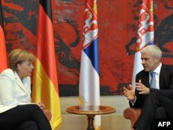 Angela Merkel i Boris Tadić tokom posete nemačke kancelarke Srbiji, avgust 2011.