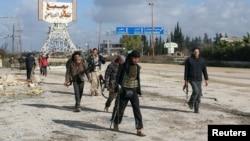 مسلحون متشددون في محيط إدلب السورية