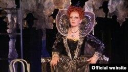 Алиса Гицба – одна из тех оперных вокалисток, репертуар которых не ограничивается классическими партиями