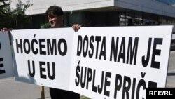 Sa jednog od građanskih proresta u BiH, Foto: Midhat Poturović