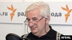 Юрий Богомолов