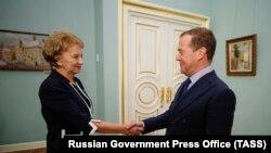 Premierul rus Dmitri Medvedev la întîlnirea cu președinta Parlamentului, Zinaida Greceanîi joi la Moscova