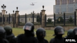 Гелікоптер, на якому прилетів Лукашенко
