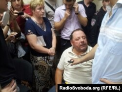 Петро Мельник в залі суду, Київ, 1 серпня 2013 року