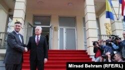 Plenković je izjavio kako očekuje da se u Mostaru vode razgovori i o evropskom putu BiH